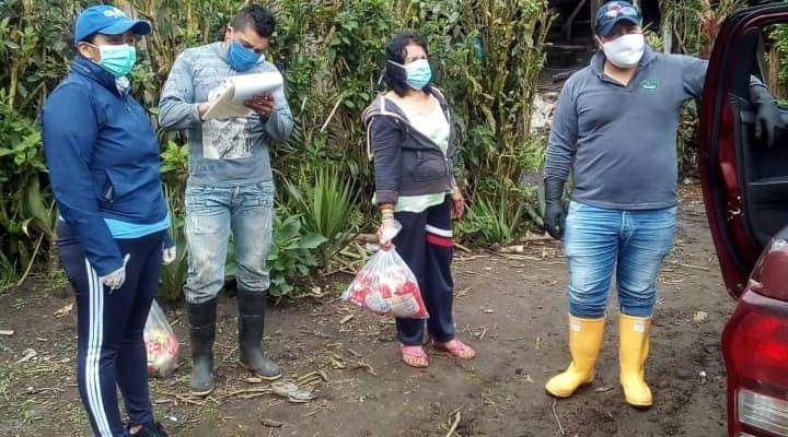EL GOBIERNO PARROQUIAL CONTINUA CON LA ENTREGA DE KITS ALIMENTICIOS