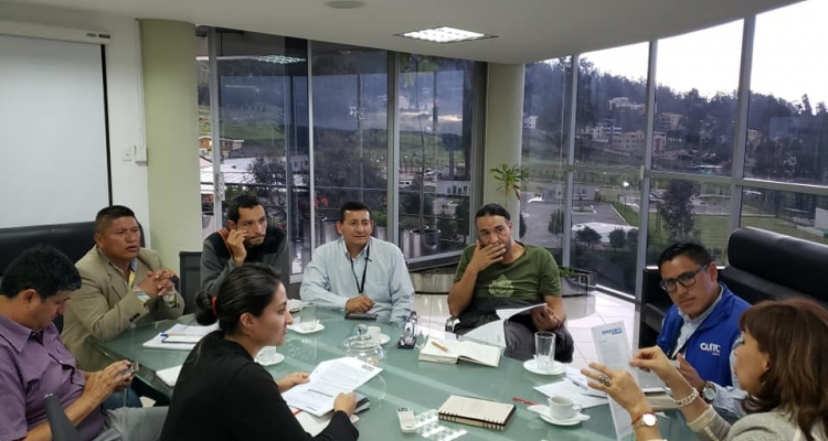 REUNION CON LA EMPRESA MUNICIPAL EMASEO, BUSCANDO BENEFICIOS PARA NUESTROS HABITANTES.